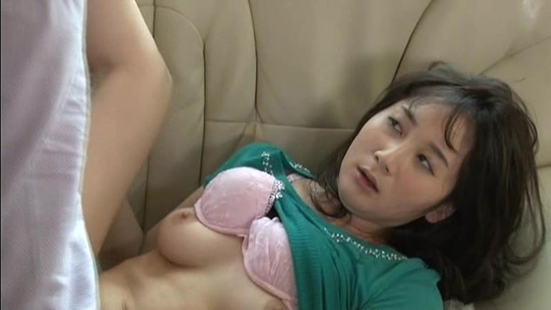 多情妻 昨日まではあなただけの妻、今日からは義兄たちの情婦。 葵千恵