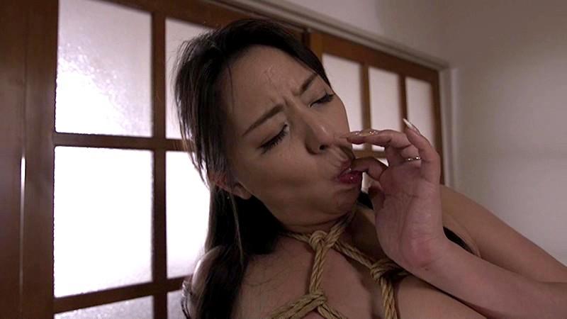 縄酔い人妻 巨乳妻の淫欲 村上涼子