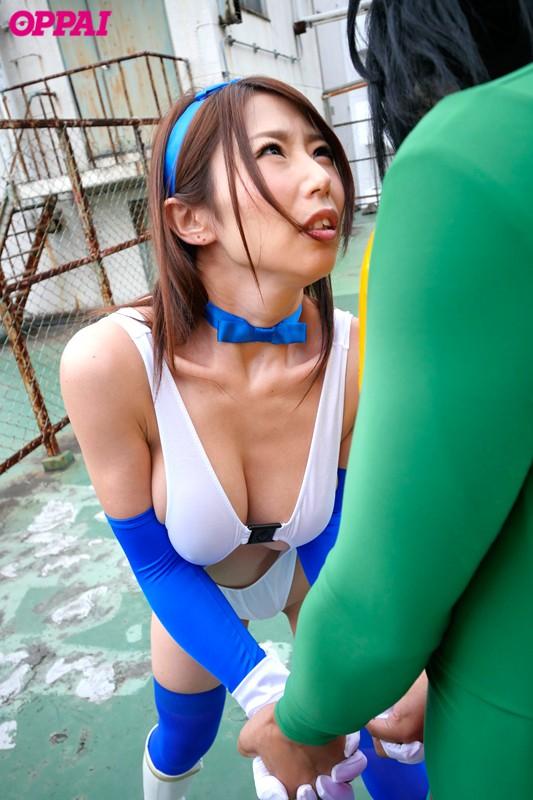 巨乳ヒロイン乳縛中出し 篠田あゆみ